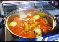 キューピー3分クッキング トマト鍋 満留邦子