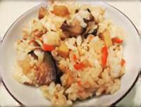 エバラ焼き肉のタレ「黄金の味」炊き込みご飯