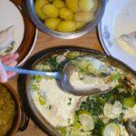 【まる得マガジン】缶詰レシピ!さけと豆腐と青菜のみそクリーム煮の作り方を紹介!野崎洋光さんのレシピ