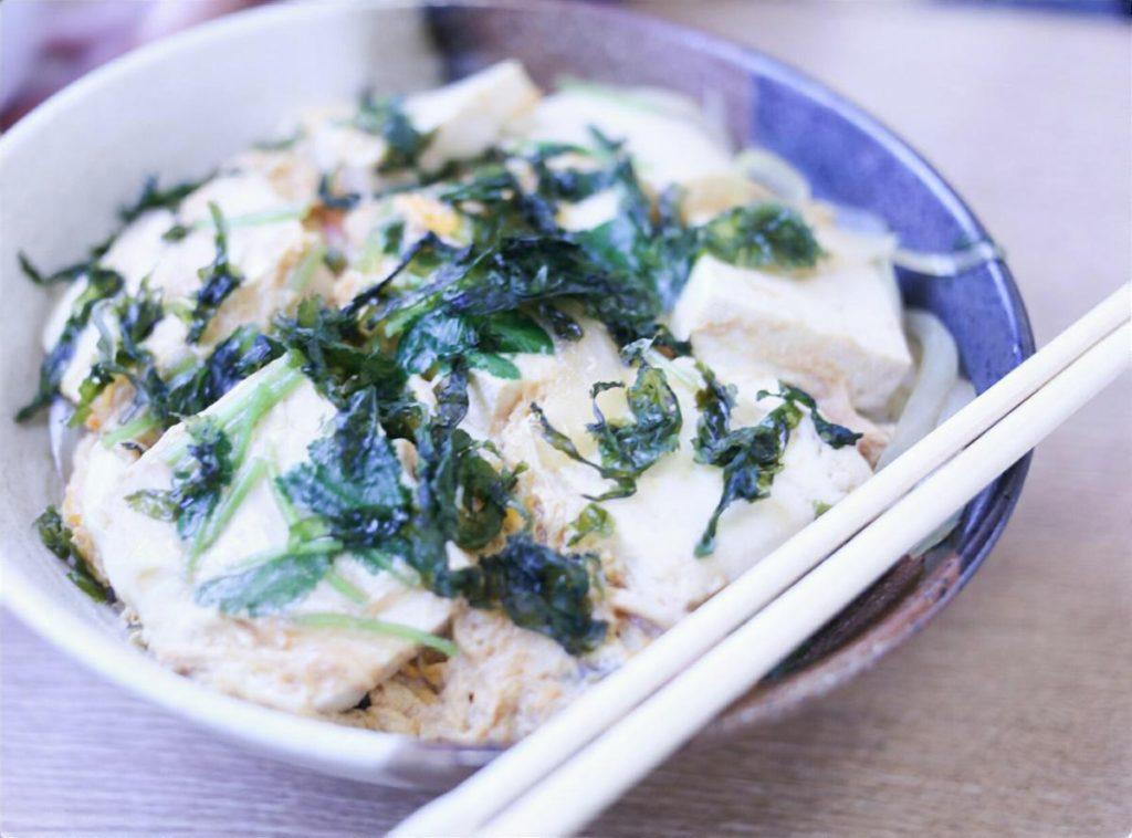 豆腐ラー油丼