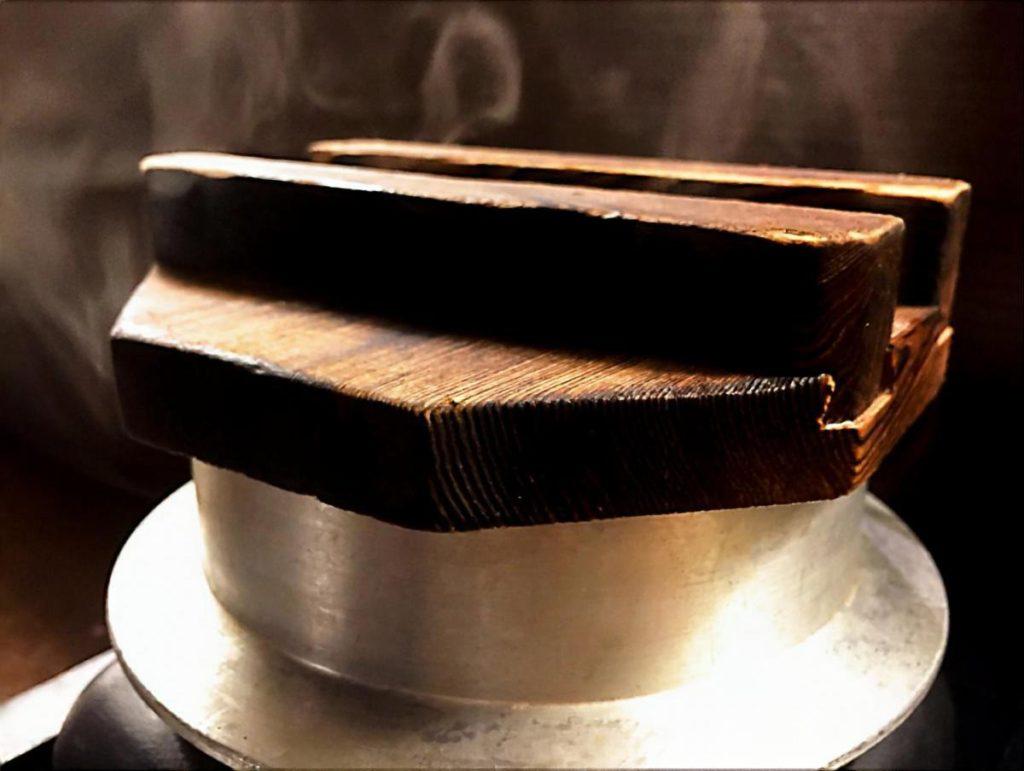 焼きサバ煮釜飯