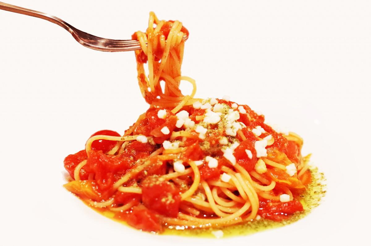 フレッシュトマトソースのミートスパゲッティ