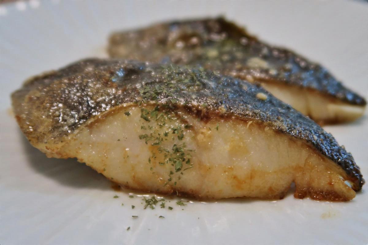 白身魚のムニエル&トロ~リ卵あん