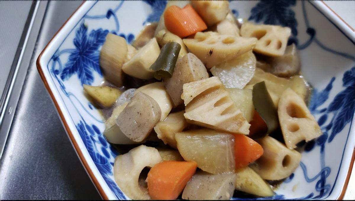 根菜と鶏肉の甘酒煮