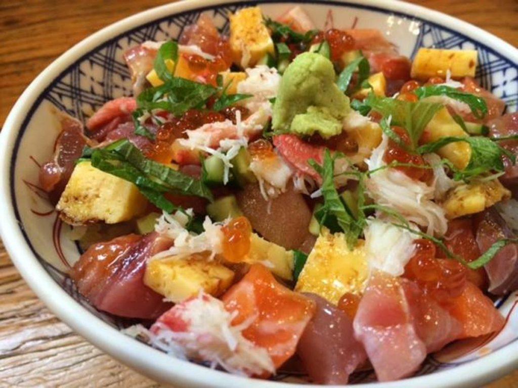 平塚金アジの塩なめろう(海鮮丼)