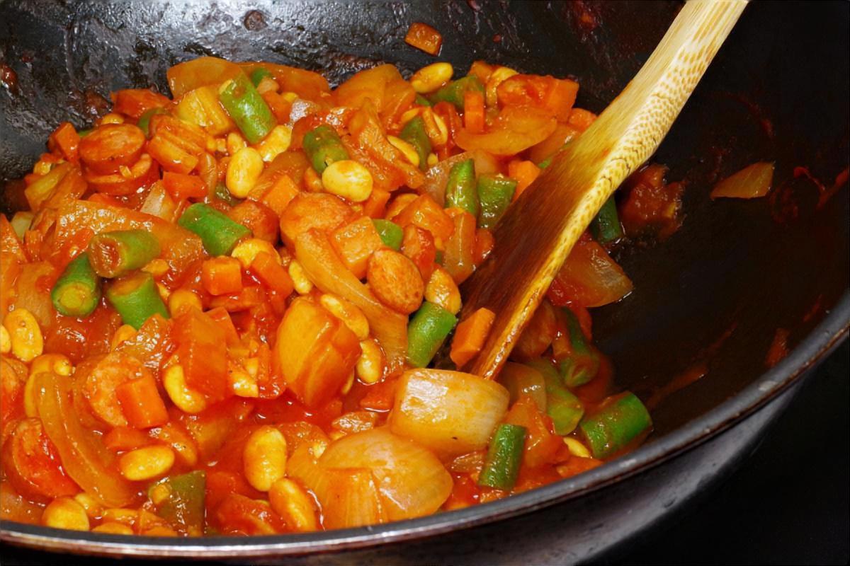 豚肉と大豆のチリコンカン