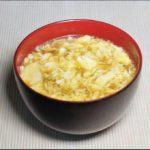 【おしゃべりクッキング】鶏のガーリックスープの作り方を紹介!小池浩司さんのレシピ