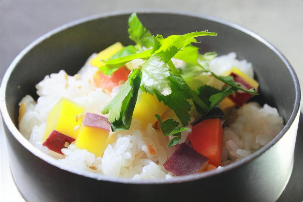 【おは朝】サツマイモの炊き込みごはんの作り方を紹介!マロンさんのレシピ