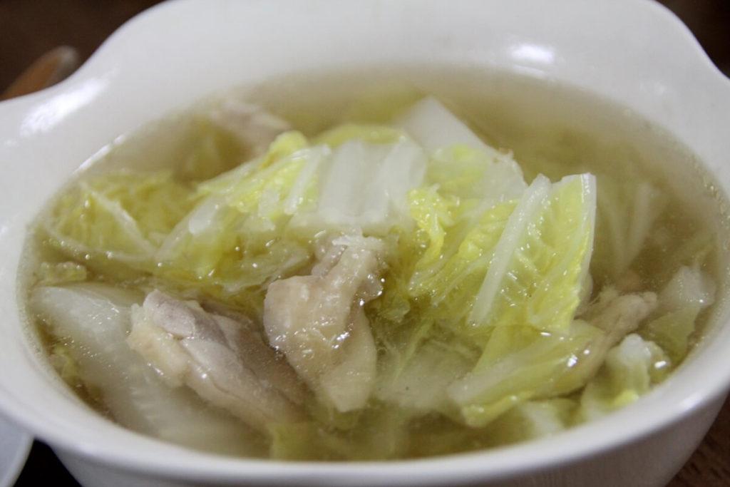 白菜と食パンのイタリア風スープ