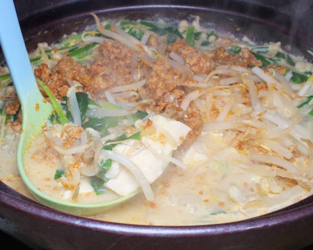 白菜の豆乳坦々鍋