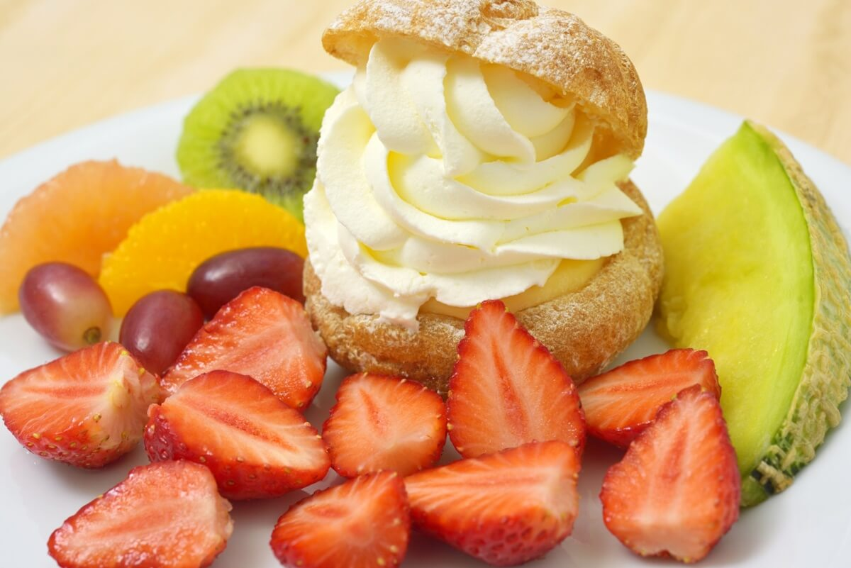 イチゴのシュークリーム