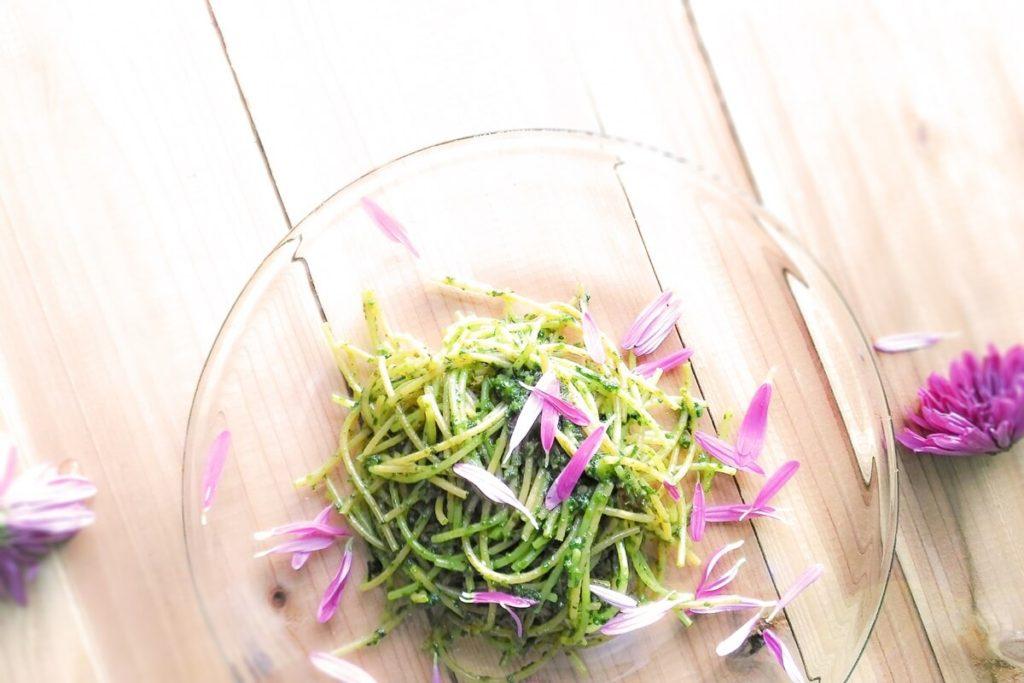 春菊のジェノベーゼ風パスタ