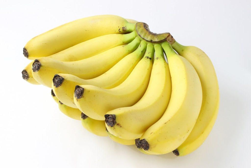 バナナだけを食べ続けても実際太らないのか!?