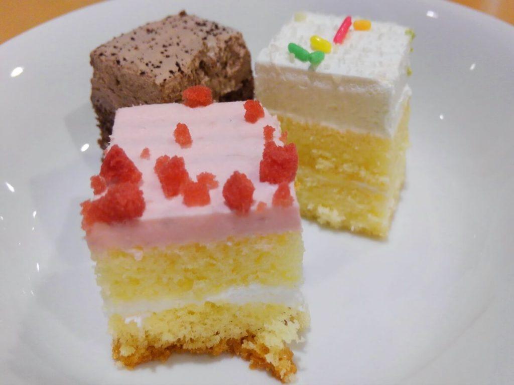 身近なものでケーキ