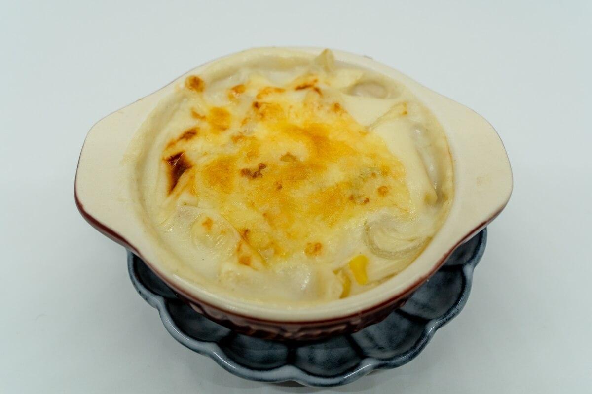 カツオのトマトチーズ焼き
