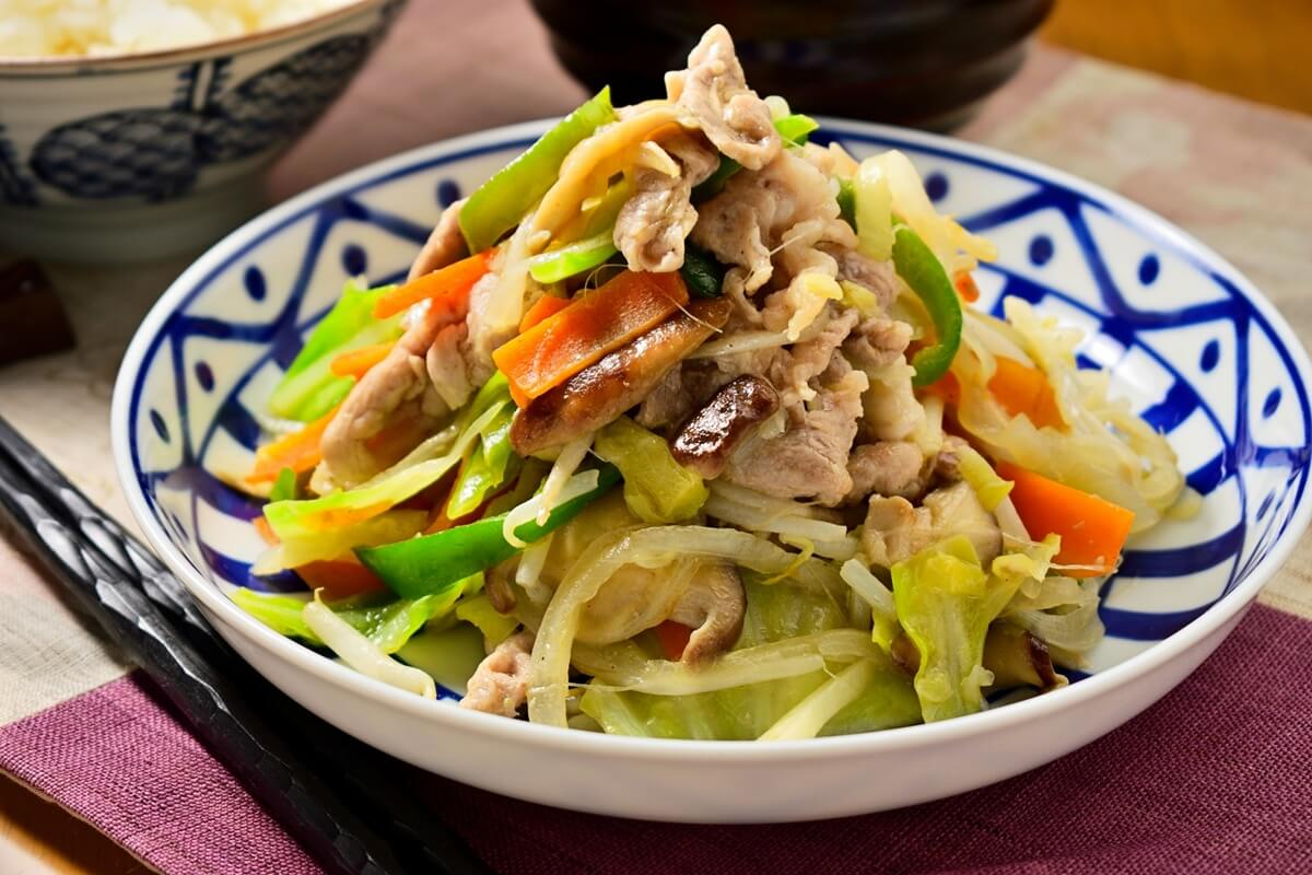 春キャベツで肉野菜炒め