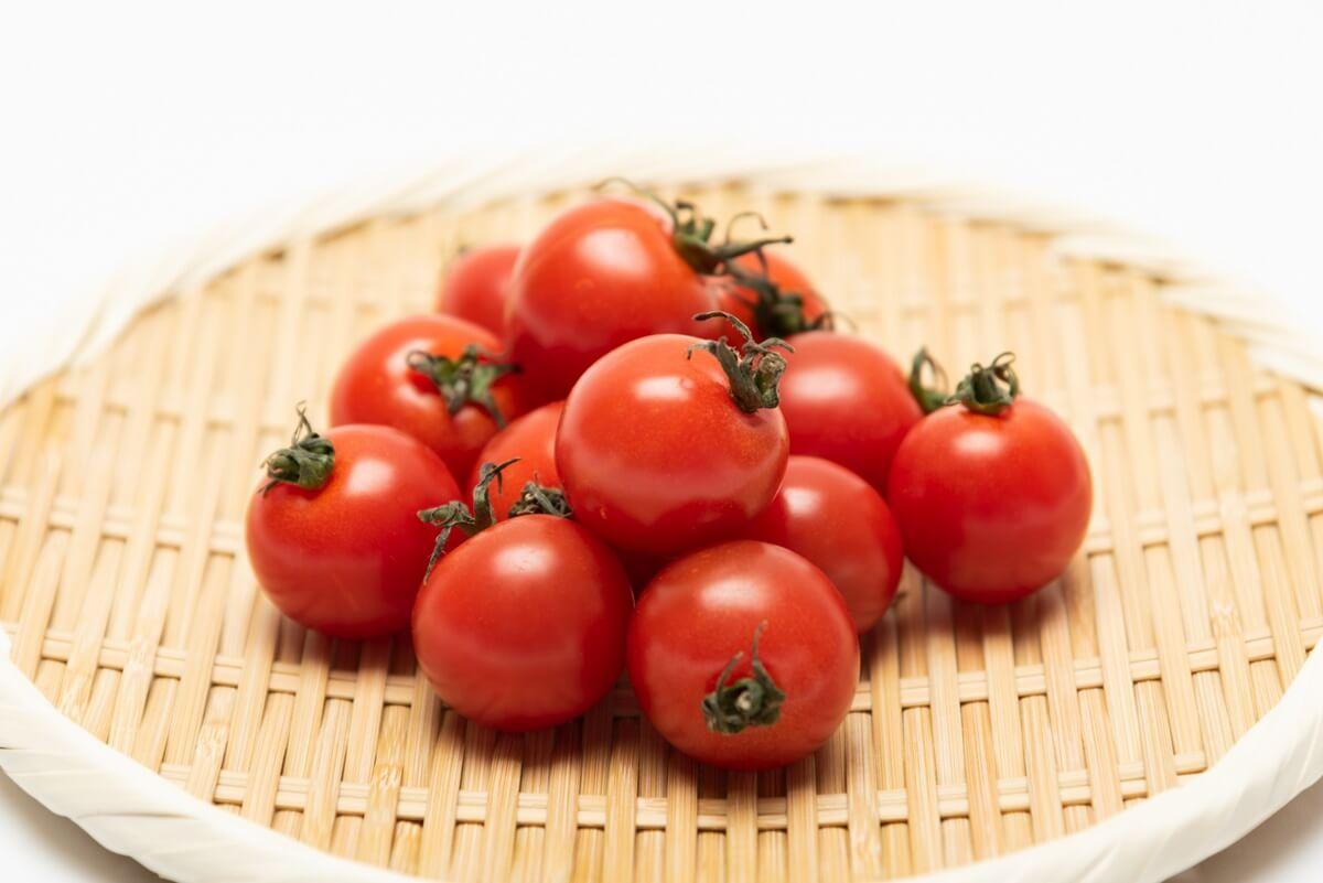 トマトの丸ごと天ぷら