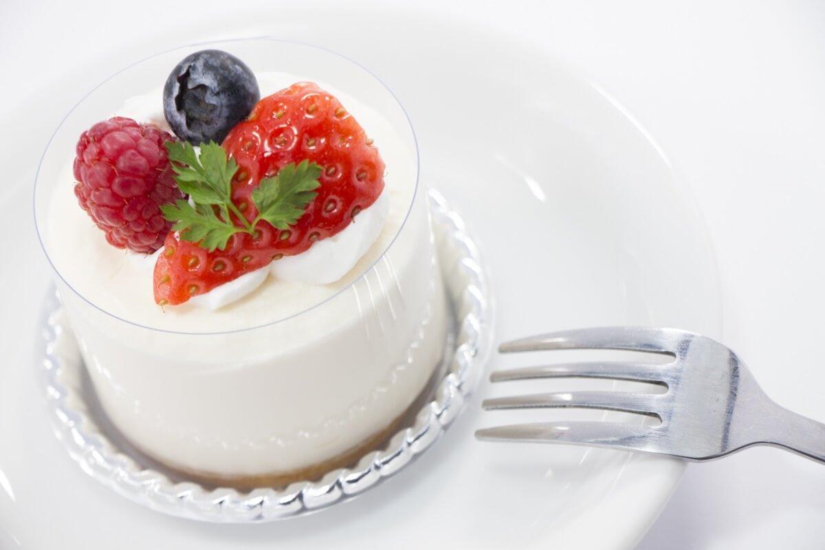 アボカドのグラスレアチーズケーキ