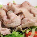 【土曜はナニする】まいたけと豚しゃぶの腸活サラダの作り方を紹介!加治ひとみさんのレシピ