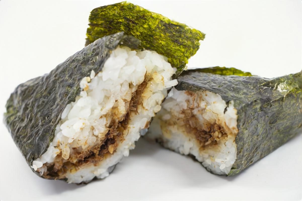 【キャスト】おかかおにぎりの作り方を紹介!油屋マルキチ 松本康寛さんのレシピ