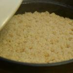 【おかずのクッキング】醤油麦ご飯の作り方を紹介!土井善晴さんのレシピ