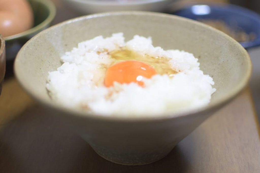 アボカド×クリームチーズ卵かけご飯