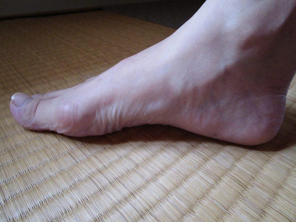 足のアーチを守るエクササイズ