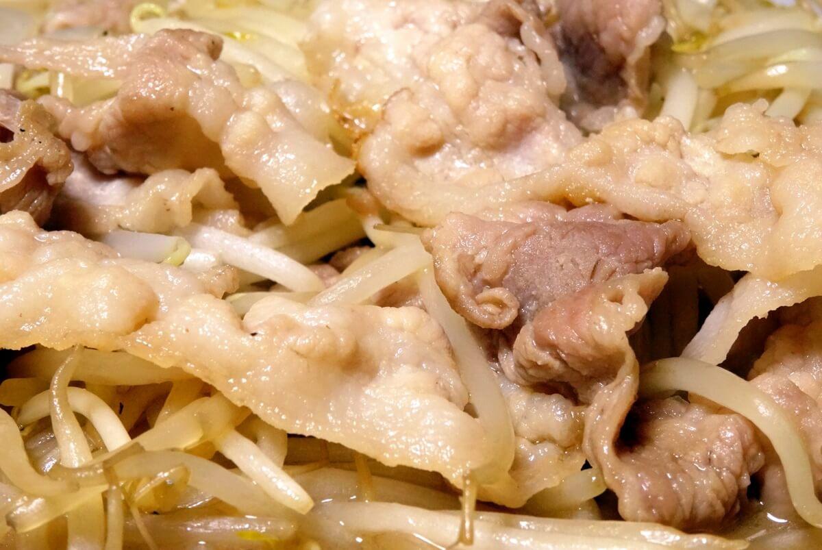 【家事ヤロウ】豚バラもやしの姜葱醤のレシピを紹介!
