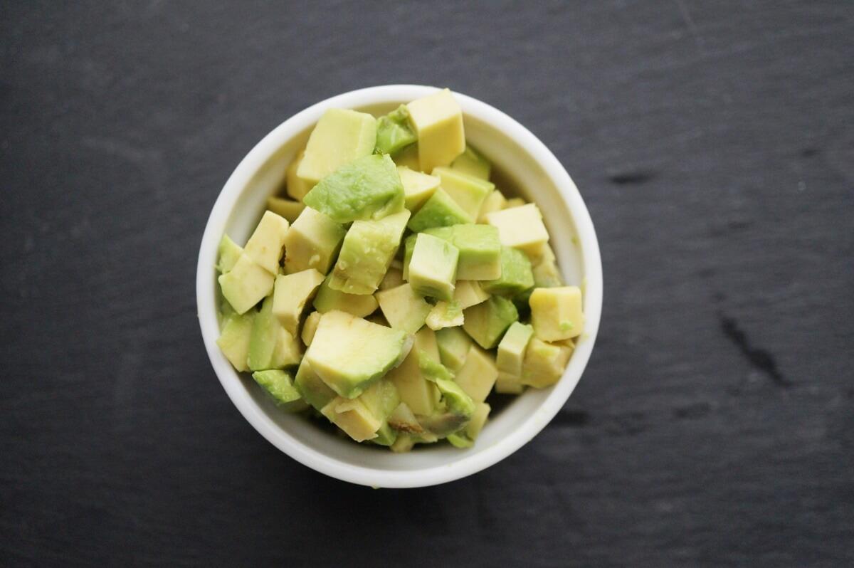 【3分クッキング】アボカドと枝豆のザーサイあえの作り方を紹介!ワタナベマキさんのレシピ