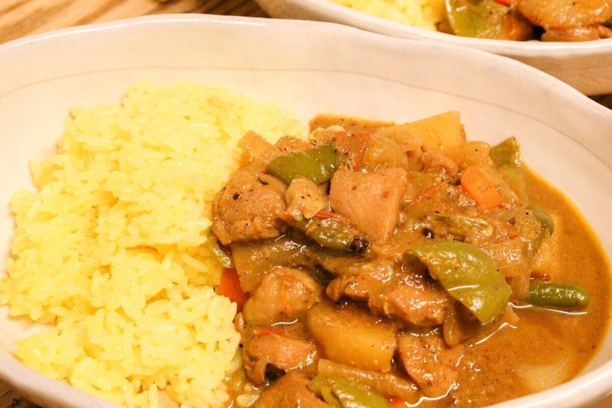 【土曜はナニする】南国シーフードミックスカレーの作り方を紹介!印度カリー子さんのレシピ