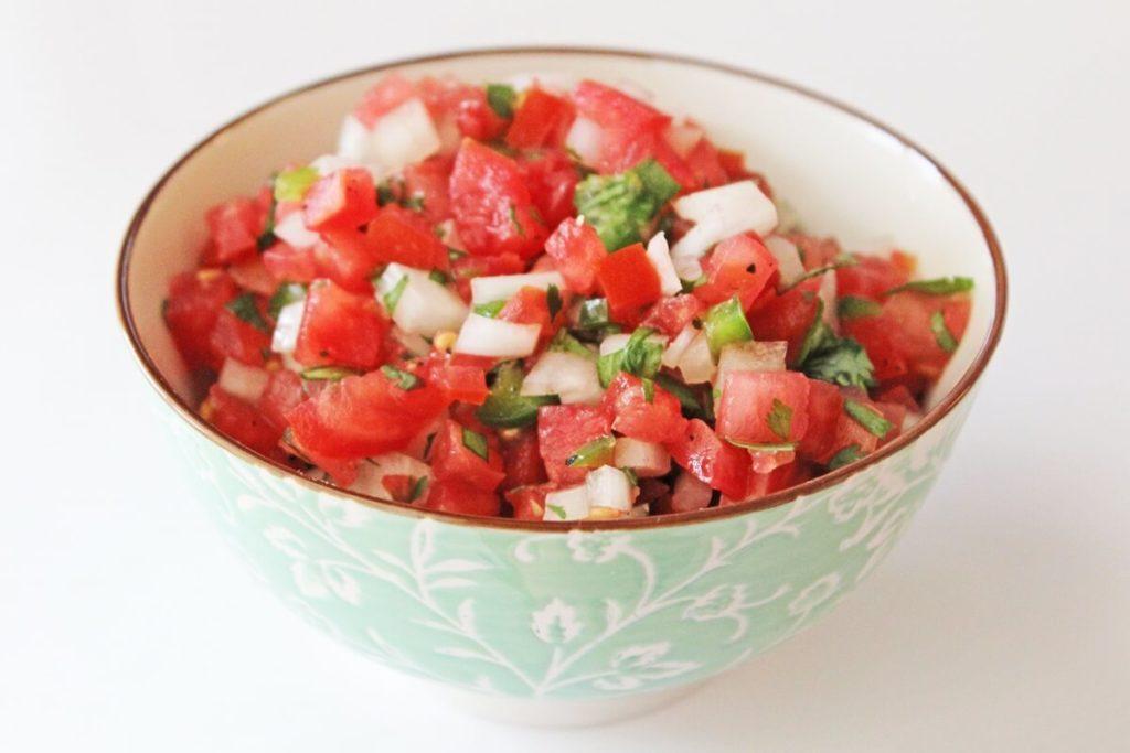 トマトと香菜の花椒あえ