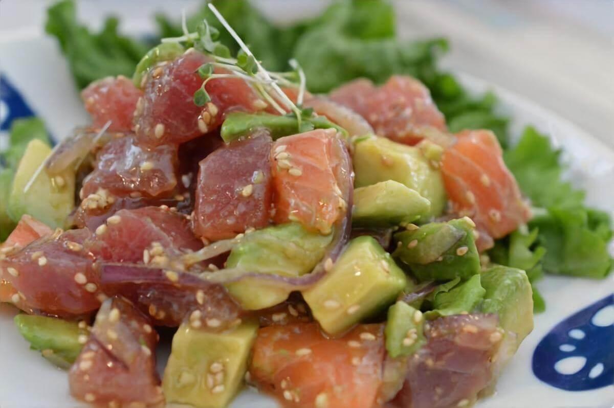【3分クッキング】サーモンポキの作り方を紹介!ワタナベマキさんのレシピ