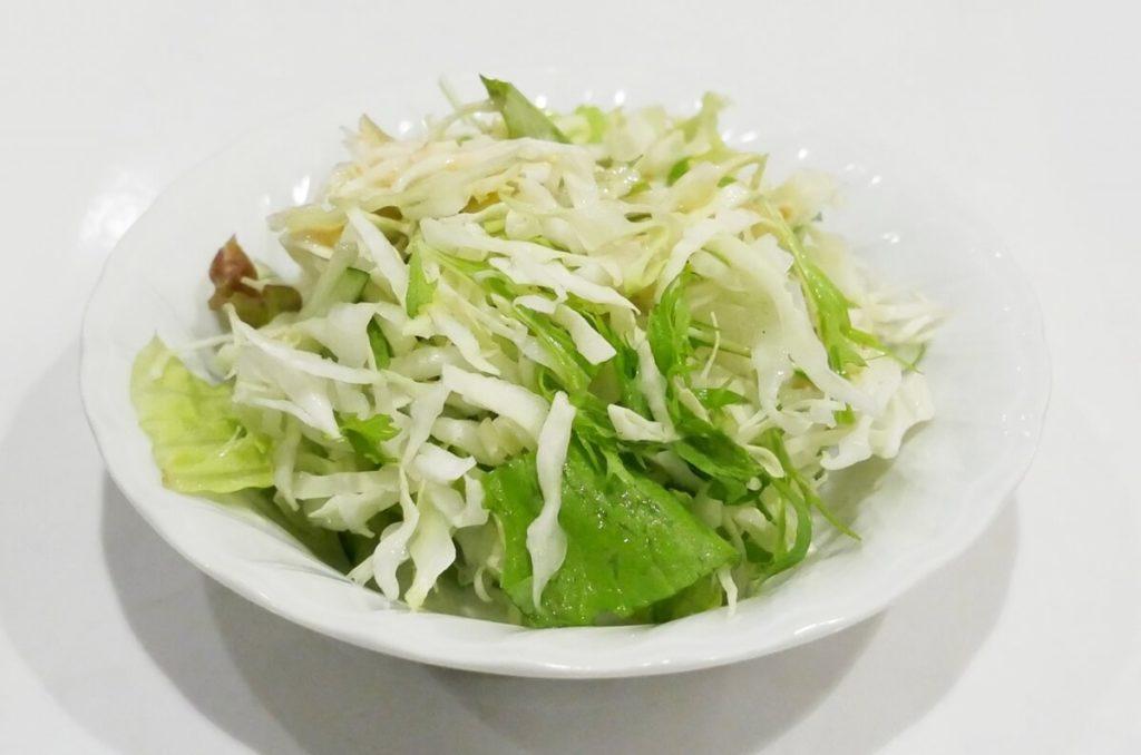レタスときゅうりのサラダ