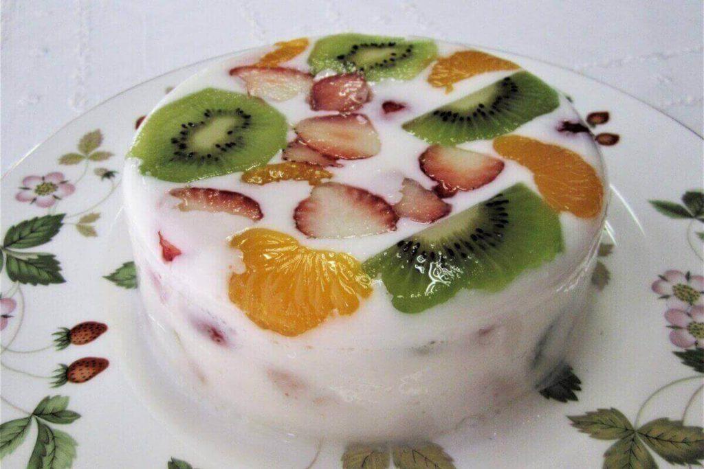 牛乳フルーツ寒天