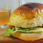 【きょうの料理ビギナーズ】ハンバーガーの作り方を紹介!藤野嘉子さんのレシピ