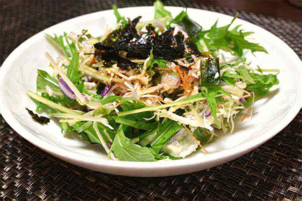三つ葉と玉ねぎのサラダ