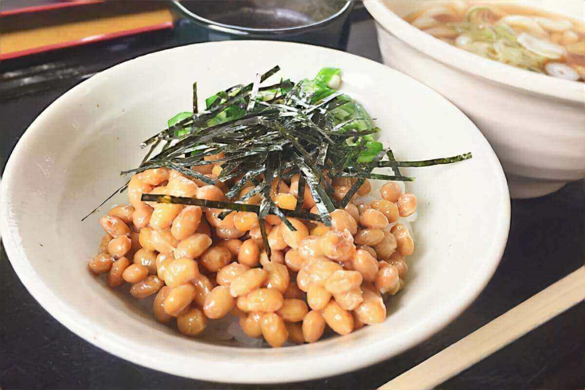 【ヒルナンデス】サバ缶納豆うどんの作り方を紹介!納豆職人激うまレシピ